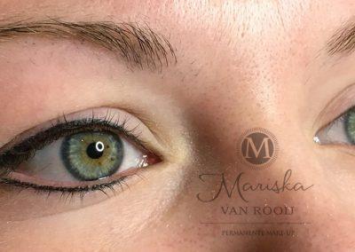 eyeliner na 1 behandeling zwart