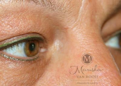 eyeliner zwart met groen